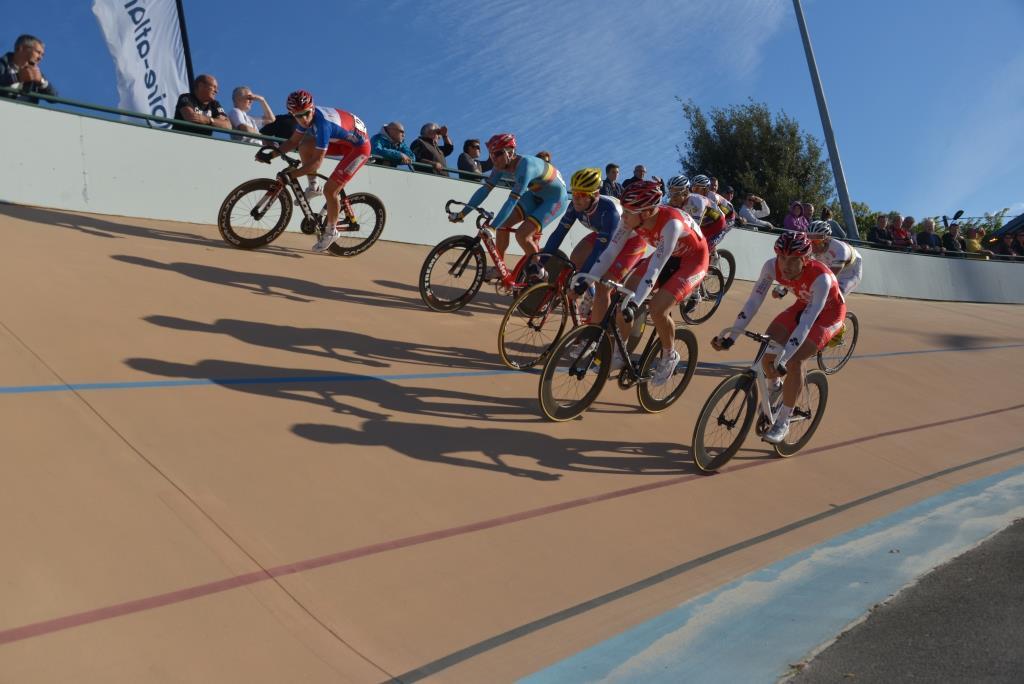 Vélodrome 3.jpg